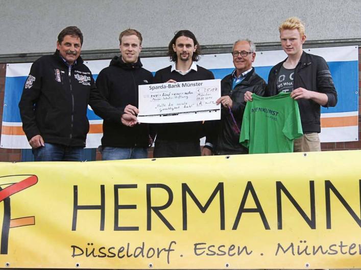 Spendenübergabe beim 1. FC Gievenbeck