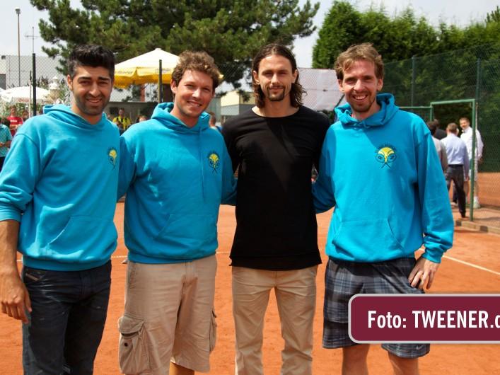 R2S Tennisakakademy mit Neven